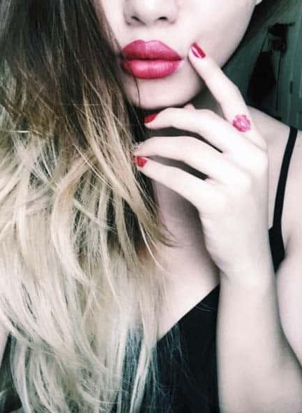 Red Lips Finger Tattoo Design