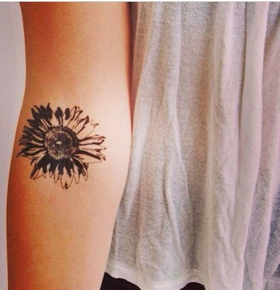sunflower-tattoo-balck