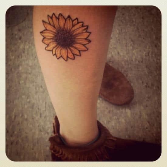 sunflower-tattoo-leg