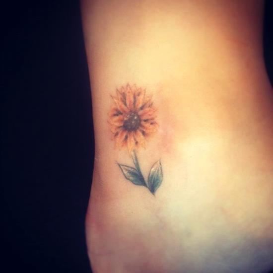 sunflower-tattoo-mini