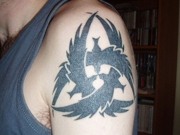 tattoo-crow-triskele