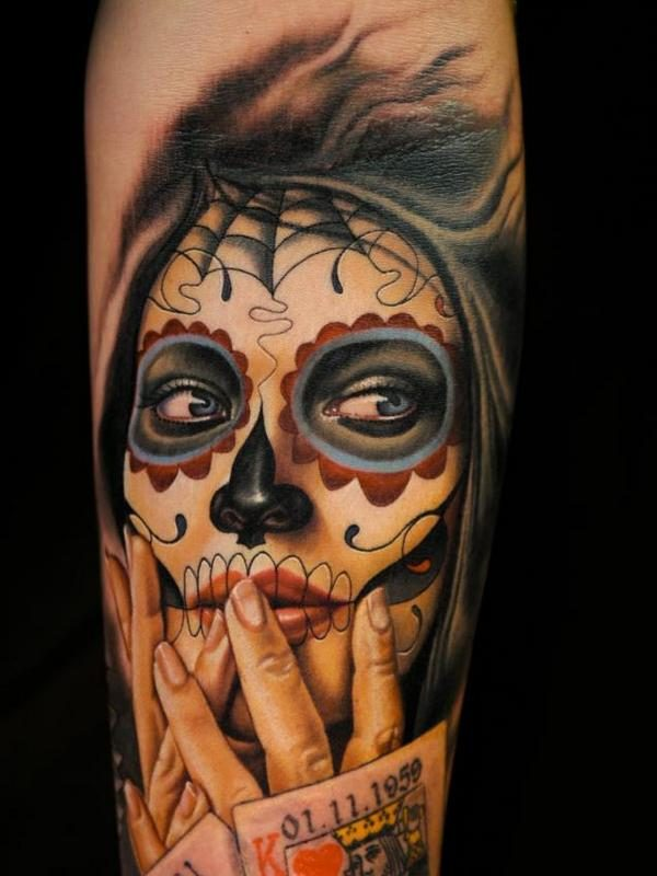 e82b8dc40bf2d Symbolically speaking, the basic purpose of the Day of the Dead Art Tattoos  is to commemorate the loved ones of the bearer, who are no longer in this  world, ...