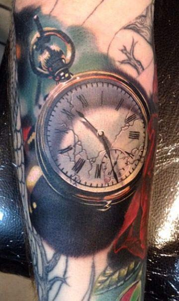 200 popular pocket watch tattoo and meanings may 2018. Black Bedroom Furniture Sets. Home Design Ideas