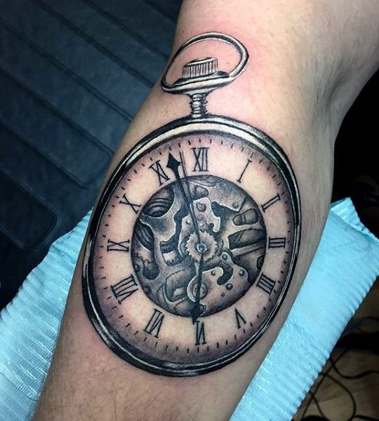 347036d3775a9 200 Meaningful Pocket Watch Tattoos (Ultimate Guide 2019) - Part 3