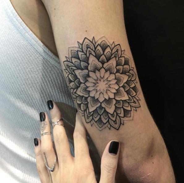 Back arm piece by Sasha Masiuk