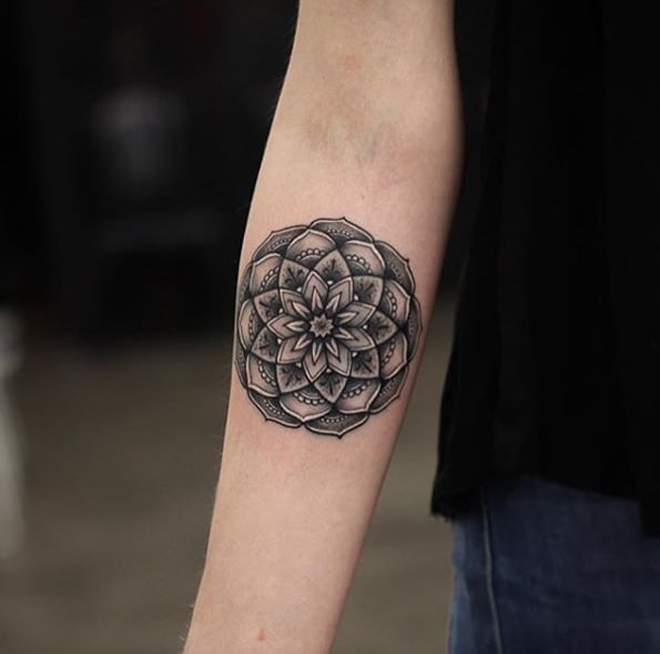 Shaded mandala design by Kristi Walls