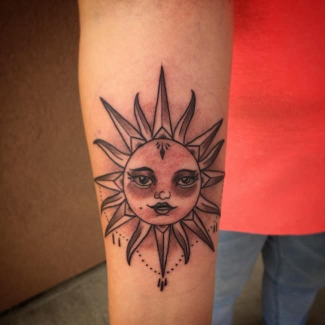Tattoo Designs Sun: 100 Impressive Sun Tattoos And Meanings [2017 Collection]