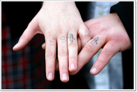 wedding_ring_tattoos_fabulousdesign_32