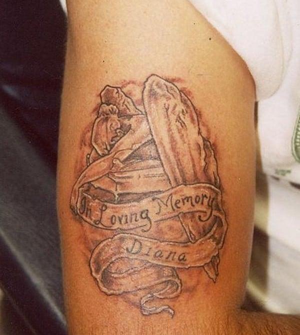 580x647xa-very-lovely-and-beautiful-memorial-tattoo-idea.jpg.pagespeed.ic.4ifPi3zqHj