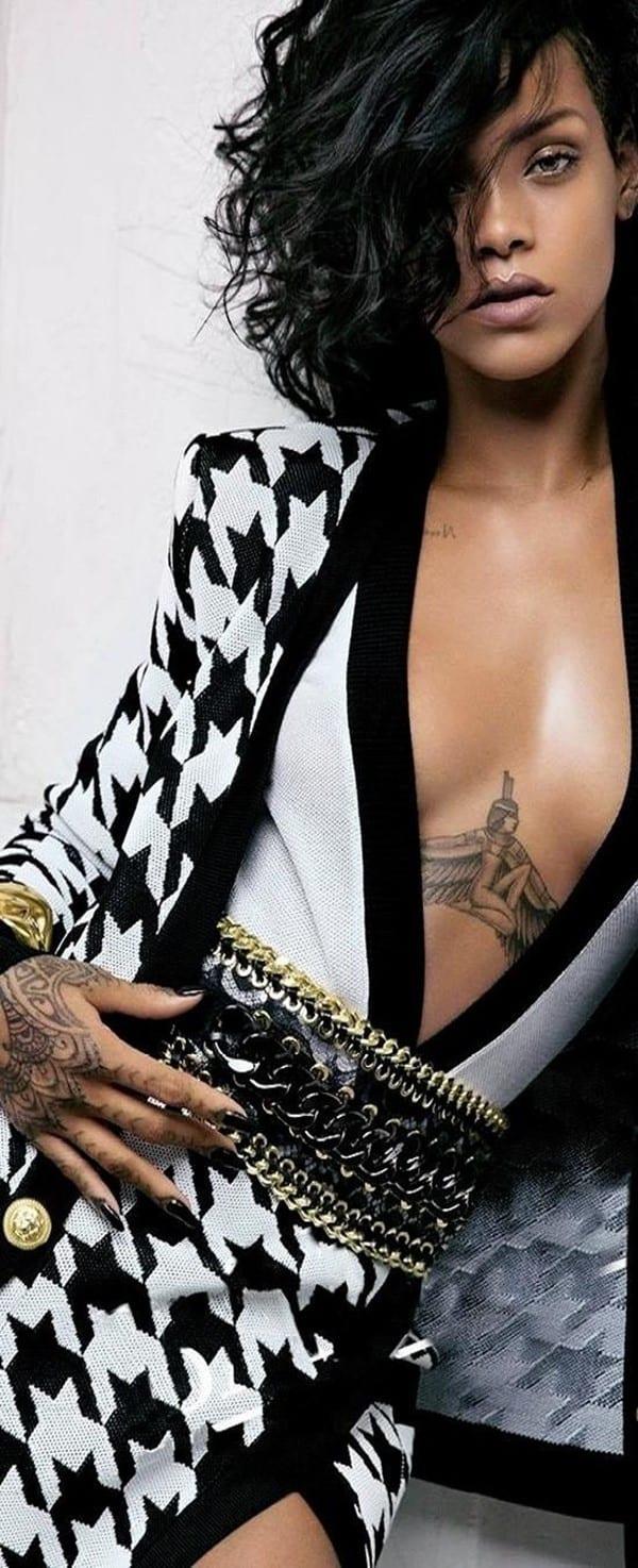 under-breast-tattoos170
