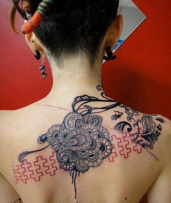 31-lace-tattoo-for-women
