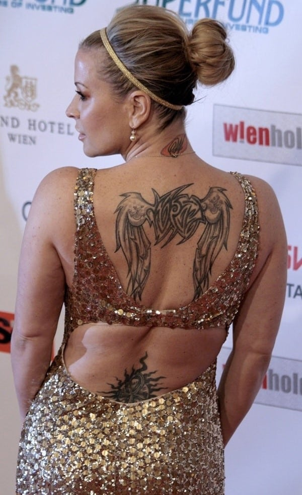 Sexy-Tattoo-Designs-for-Girls-12