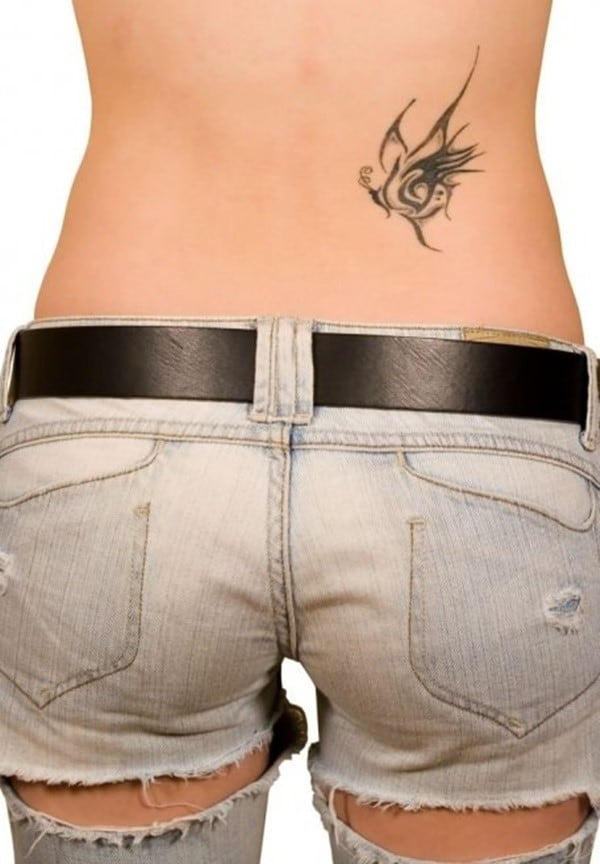 Sexy-Tattoo-Designs-for-Girls-24