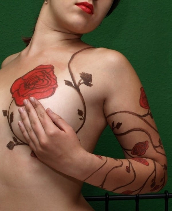 Sexy-Tattoo-Designs-for-Girls-28