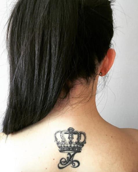 Blackwork Crown by Sabina Rabušicová