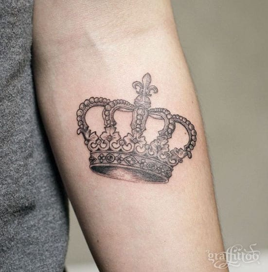 Elegant Crown Tattoo by Graffittoo