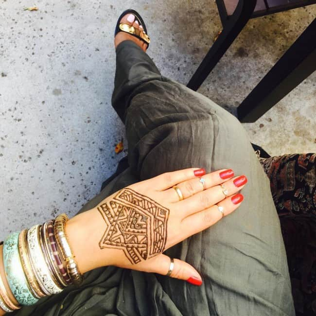 hand-tattoo (1)