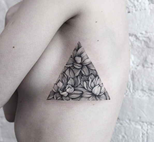 Lotus flower triangular glyph by Dasha Sumkina