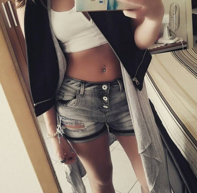 Belly Button Piercing15