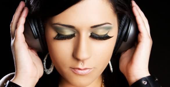 Ear Lobes And Medusa Piercings For Girls