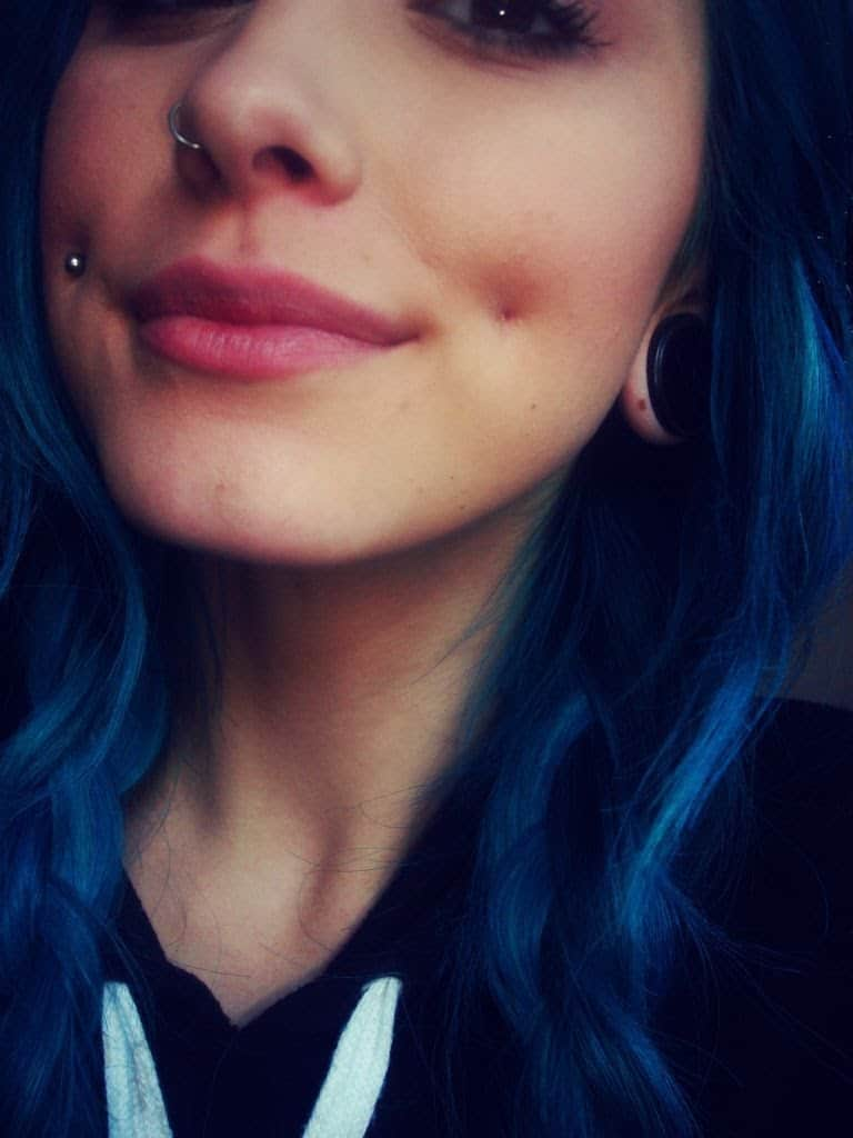 Right Nostril And Cheek Piercing Picture