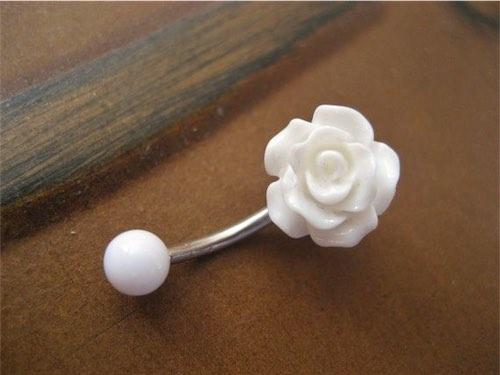 White Rose Bud Rosebud Flower Navel Stud Piercing Bar Barbell