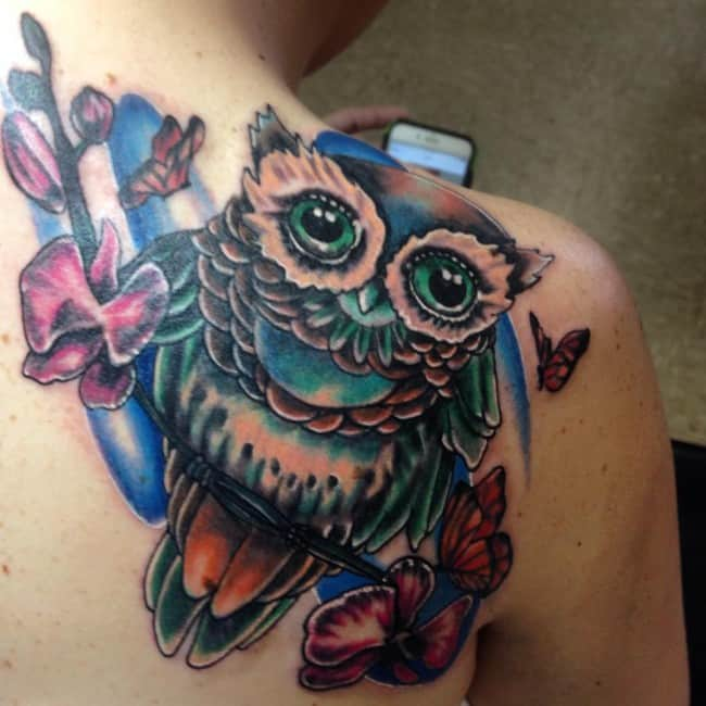 Shoulder tattoos for girls (3)