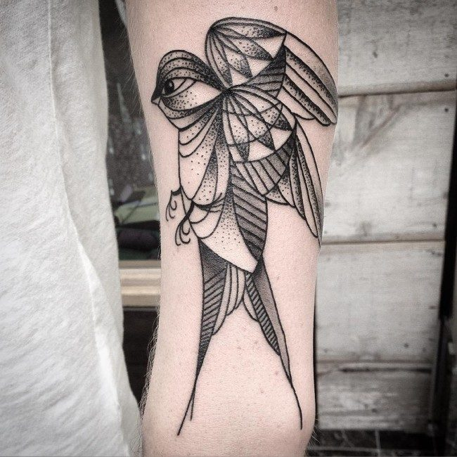 0ead3cc75 The design is both beautiful and meaningful, which is the reason of its  great popularity. swallow tattoos