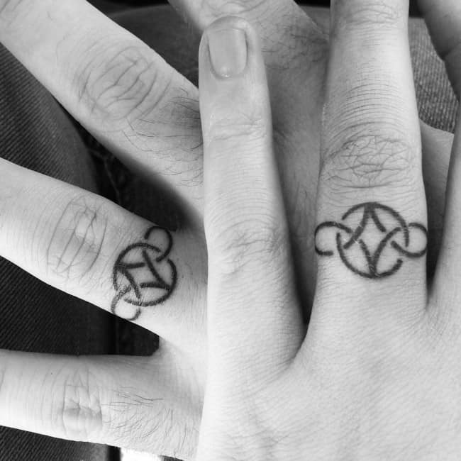 150 Best Wedding Ring Tattoos Designs (September 2018)