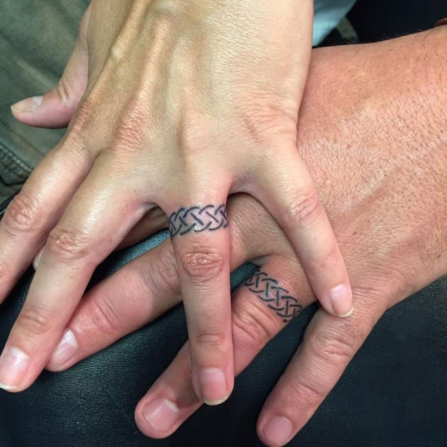 150 Best Wedding Ring Tattoos Designs (March 2018)