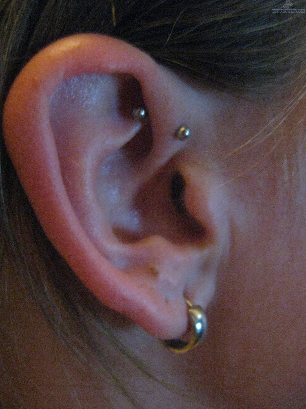 Ear-Lobe-And-Daith-Piercing-For-Young-Girls