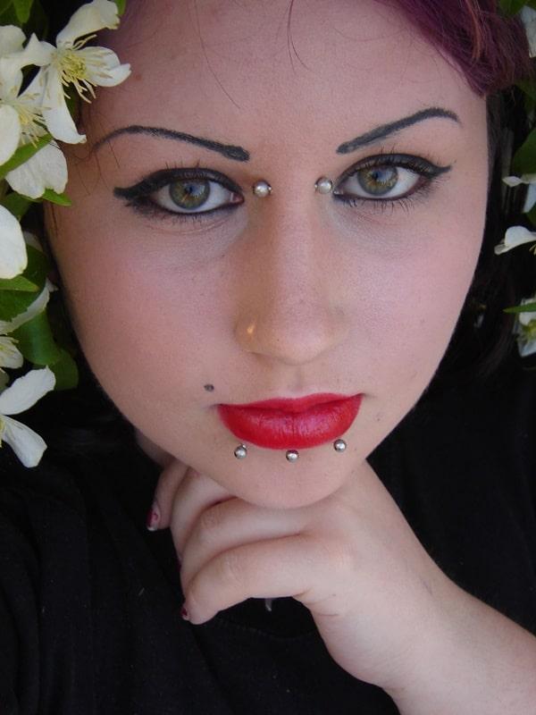 bridge piercing (37)