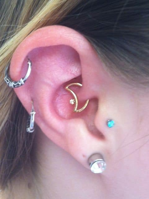 how to clean and take care of daith piercing