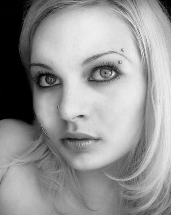 eyebrow piercing (29)