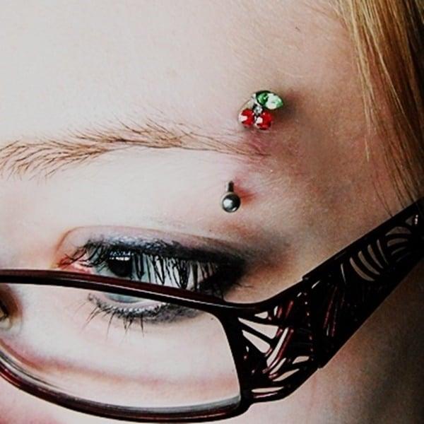 eyebrow piercing (38)