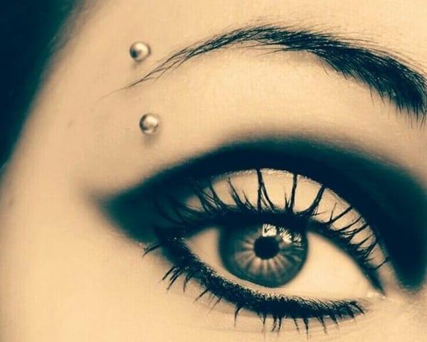 eyebrow piercing (47)