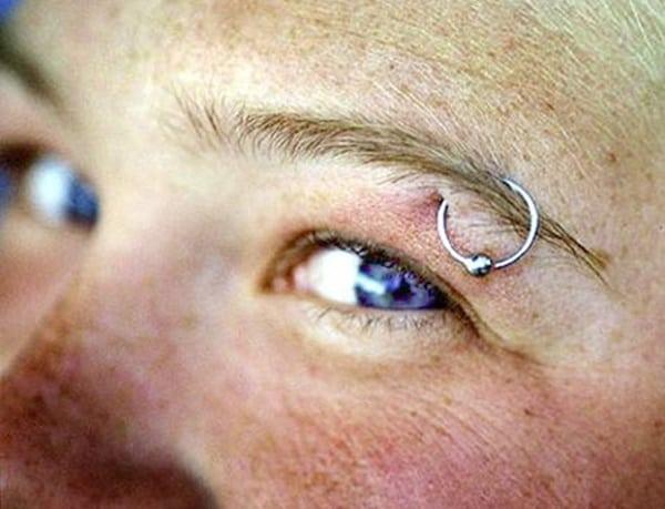 eyebrow piercing (49)