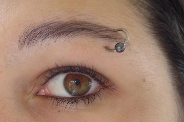 eyebrow piercing (92)