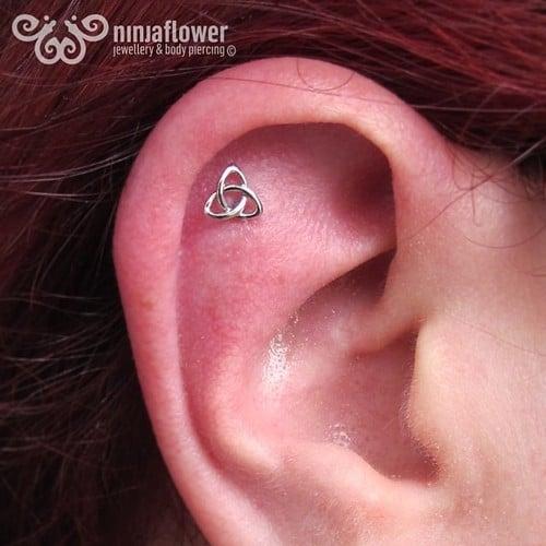 helix-piercing-goddess-knot