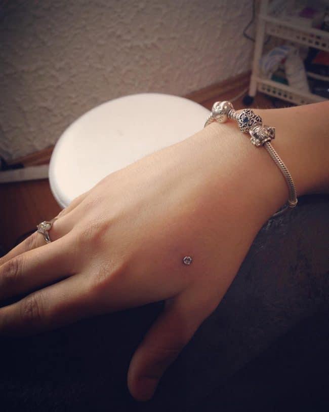 microdermal-piercing25