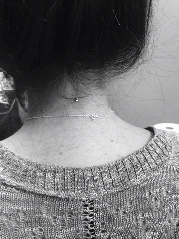 neck piercing (15)