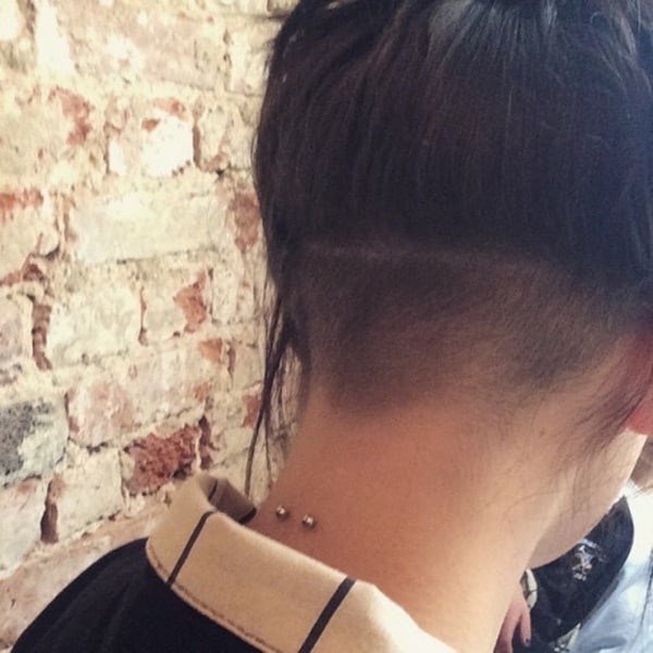 neck piercing (90)