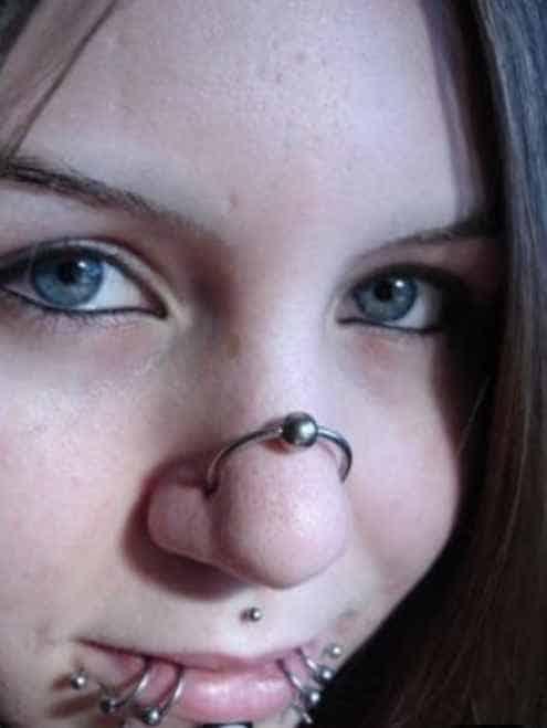 nose piercings pain