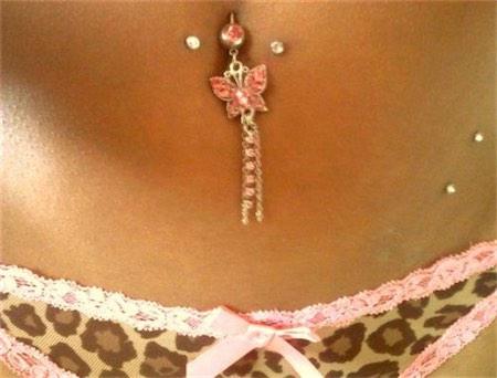 Piercing Hip Dermal