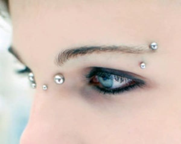 Bridge piercing (19)