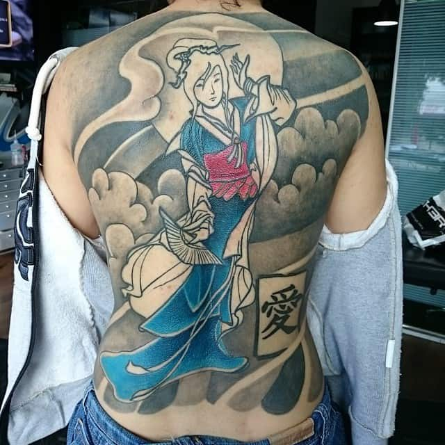 back tattoo of geisha