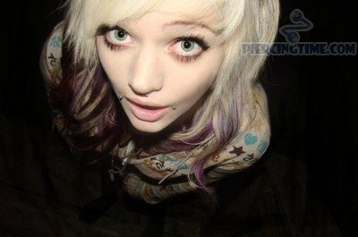 Trendy Girl With Dahlia Bites Piercing