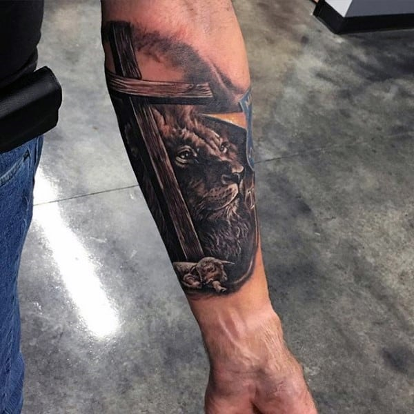 mens-christian-tattoos-of-the-holy-cross