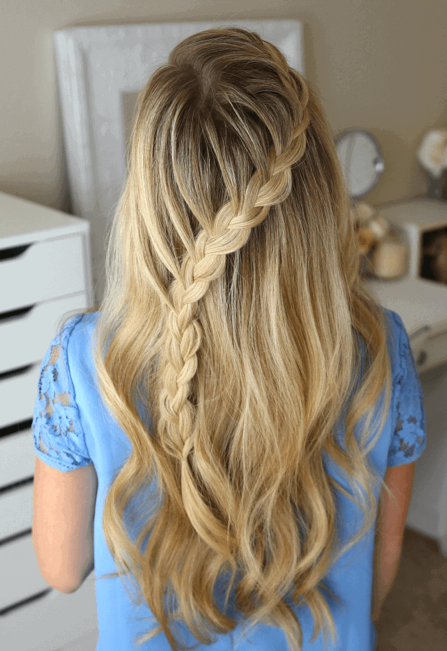 diagonal braided design