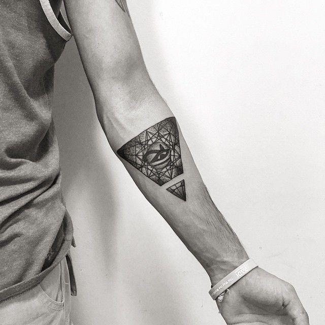 geometric eye of horus tattoo